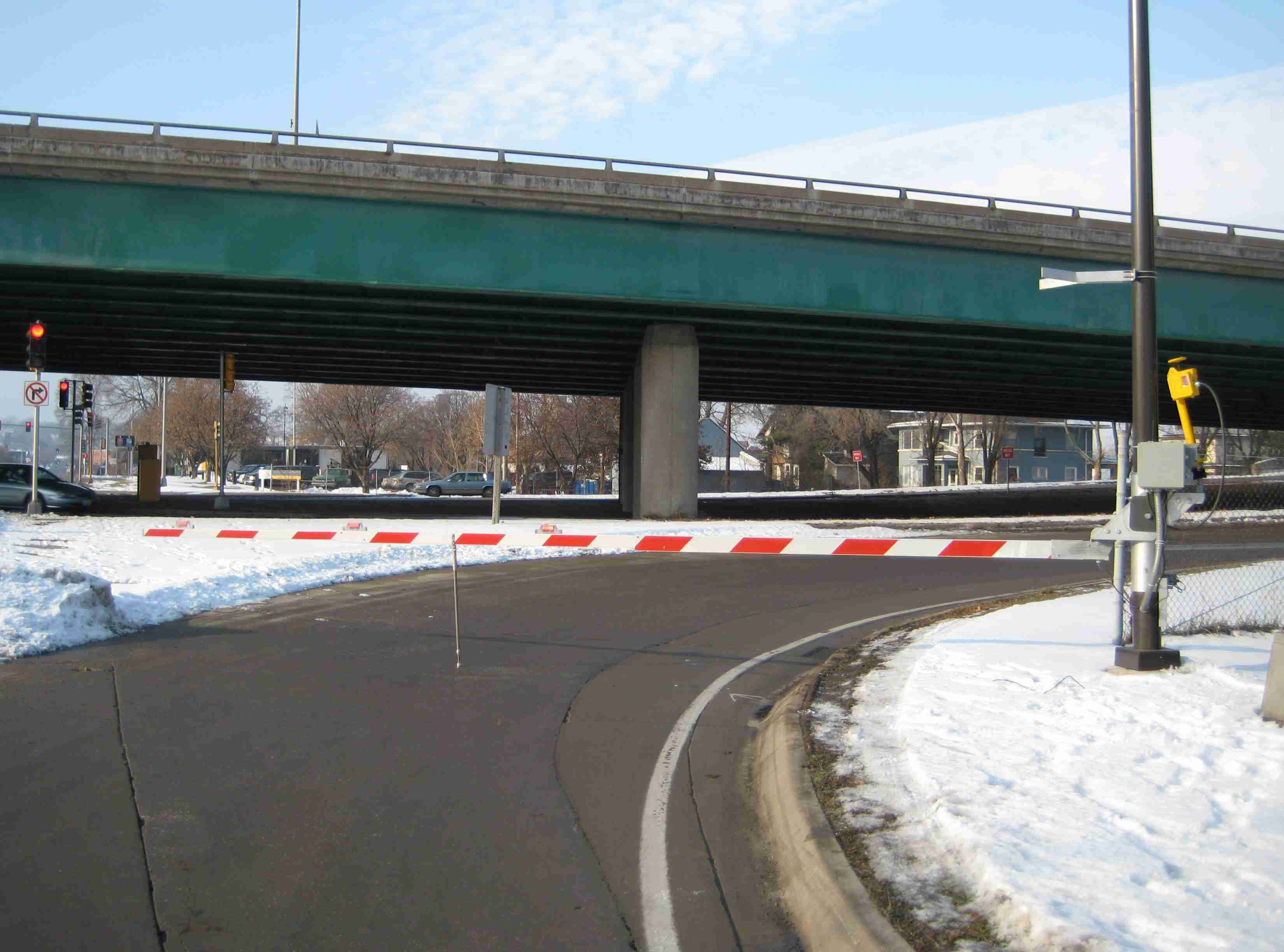 New Automatic Closure Gates in Iowa - From Iowa Department of Transportation