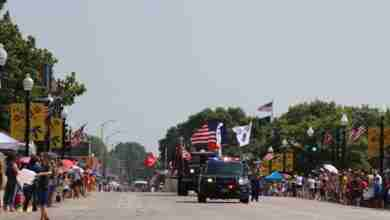 Photo of WATCH: Despite Hot Temperatures, Independence Day Parade Lit Up America's Hometown