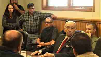 Photo of Grassley doesn't expect government to reopen, talks trade and small business